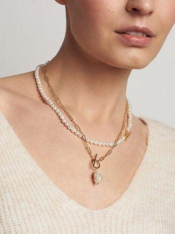 Łańcuszek z nieregularną perłą 1 KAJO