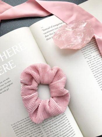 Karbowana Scrunchie Pink KAJO 2